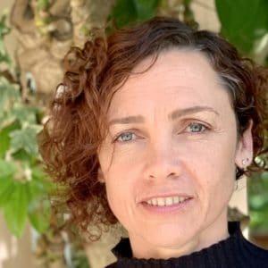 ילנה קוסטיאנובסקי - מומחית בטיפול רגשי לילדים, טיפול זוגי, הדרכת הורים במרכז רימון השפלה