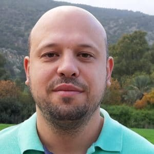 איליה ורביצקי - מומחה בטיפול רגשי ובטיפול קצר מועד במתבגרים ומבוגרים במרכז רימון חיפה